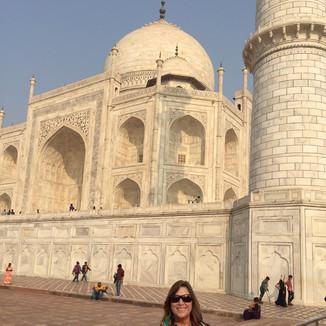Annie Larson Taj Mahal