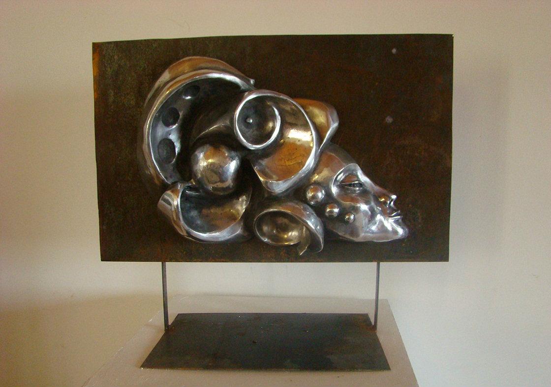 Intuicion. Aluminum. 23 x 25 in