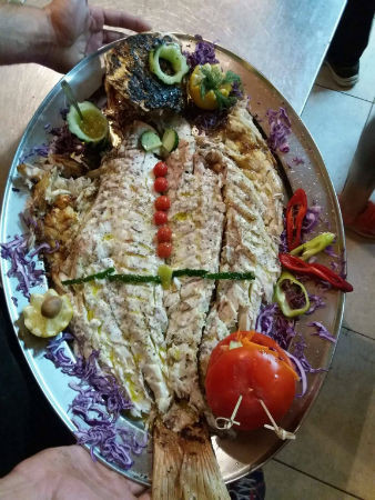 Linarakia Skopelos restaurant food