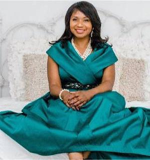 Dr. Sarah Profile pic.jpg