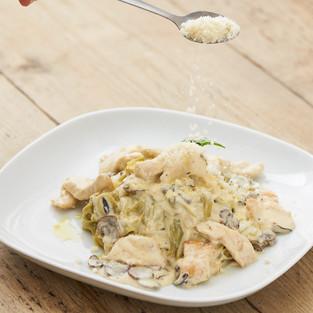 Chicken and Creamy Mushroom Tagliolini