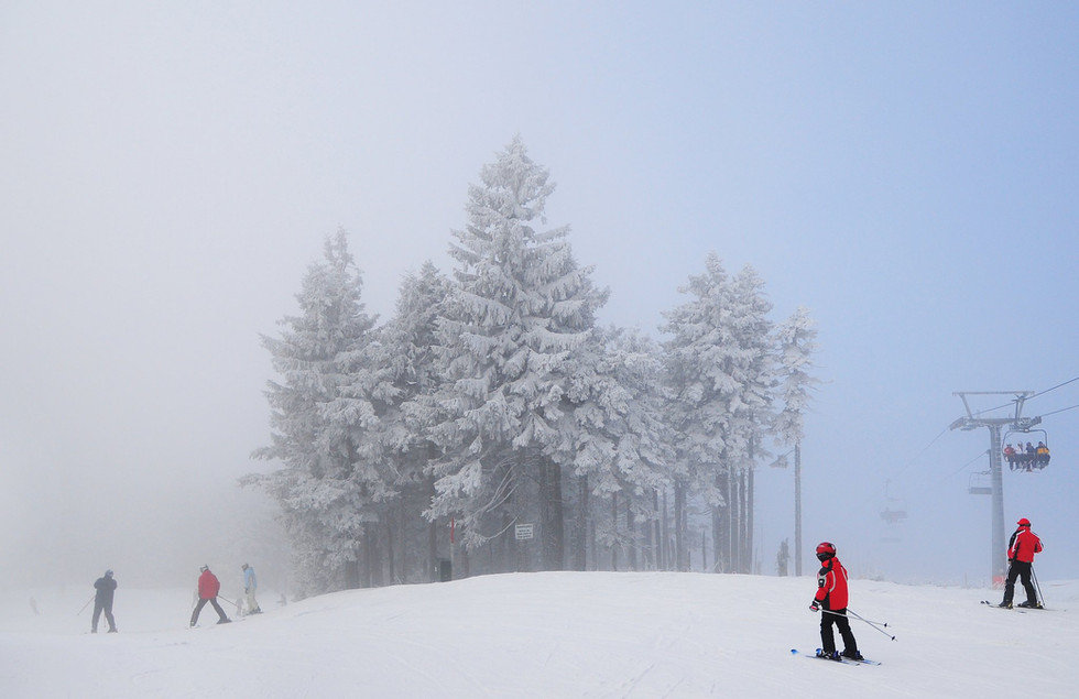 mountains_snowboarding.jpg
