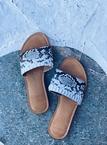 Jafar  Sandals