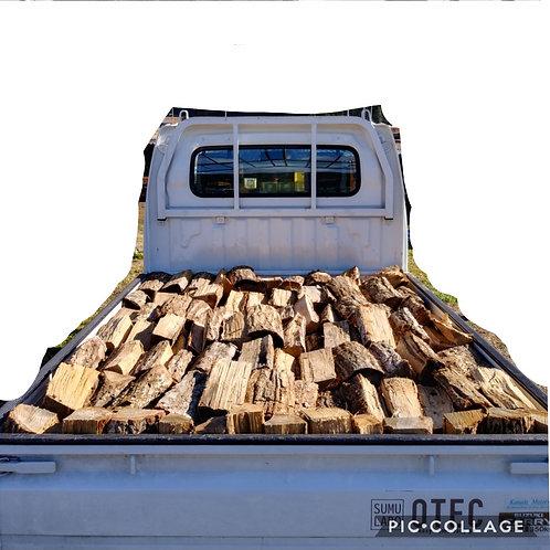 「現地取引限定商品」広葉樹ミックスの乾燥薪軽トラック一杯
