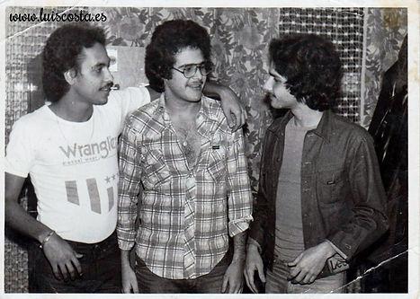 Luis Costa con amigos