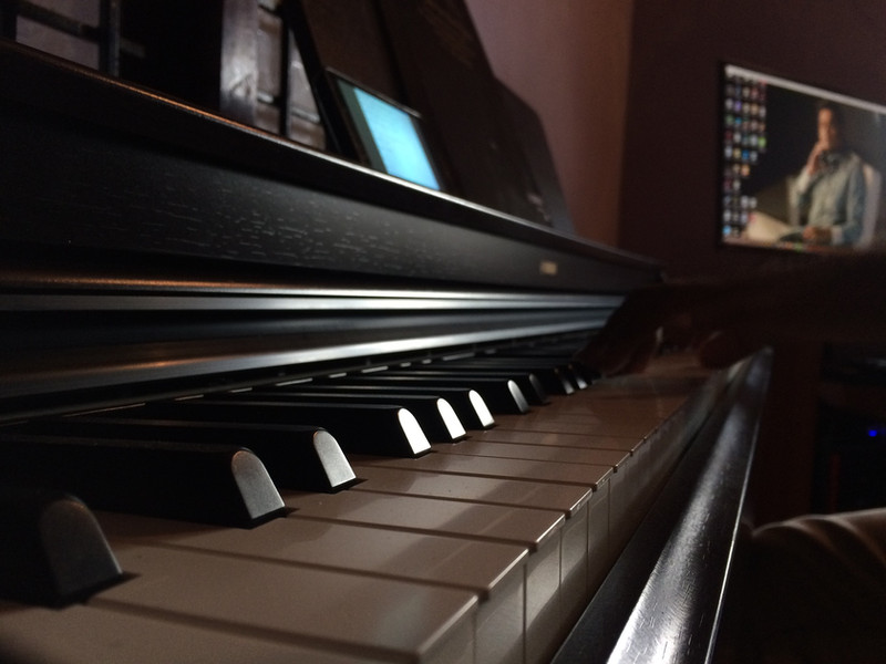 88 Keys Accoustic Piano for Smoother music Learning Experience