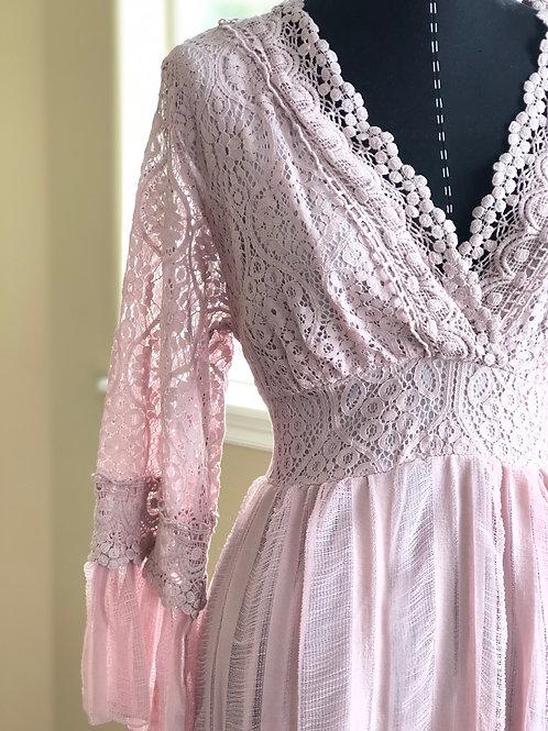 BLUSH PINK LACE MAXI DRESS
