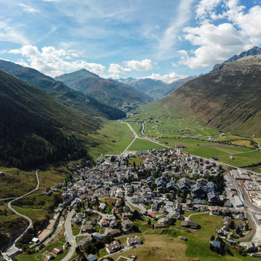 VL_AIR_ANDERMATT_3671414-Pano.jpg