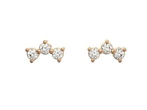 Boucles d'oreille intemporelles en or 18 carats, 3 petits diamants