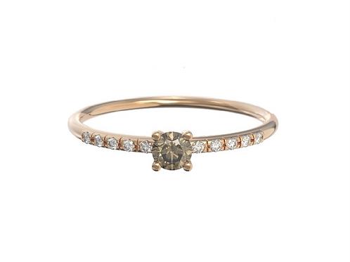 Bague en or 18 carats - petit solitaire de diamant cognac et anneau serti