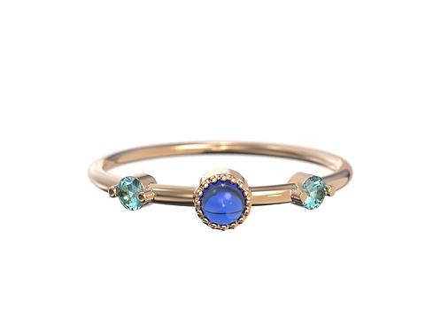 Bague en or rose 18 carats, saphirs et opale du Pérou