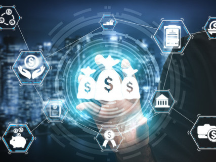 How could Fintechscontribute to manage risks for traditional banks?