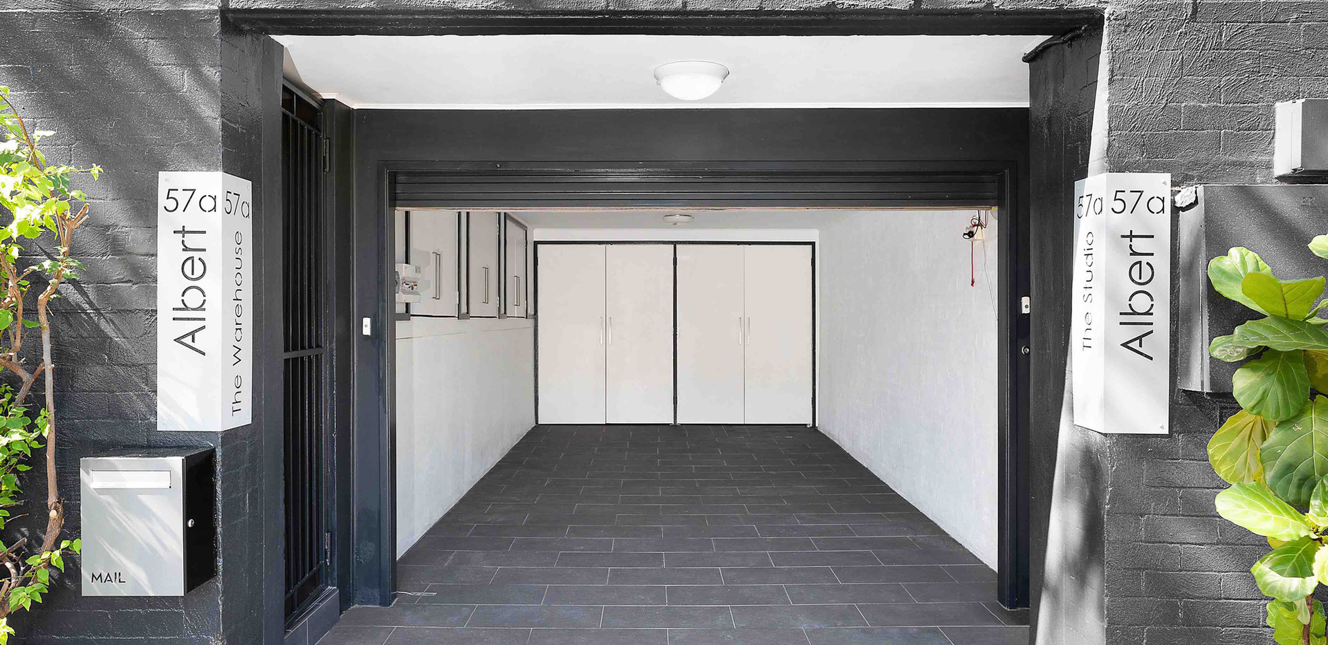 garage-1-east-master-low-22.04.20.jpg