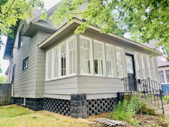 Roosevelt Road Craftsman With Many Possibilities $64,900