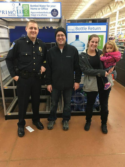 """Walkerton PD Spreading Holiday Cheer """"Shop With A Cop"""""""
