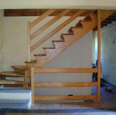 doppia struttura laterale, gradini e barriera in massello di faggio,