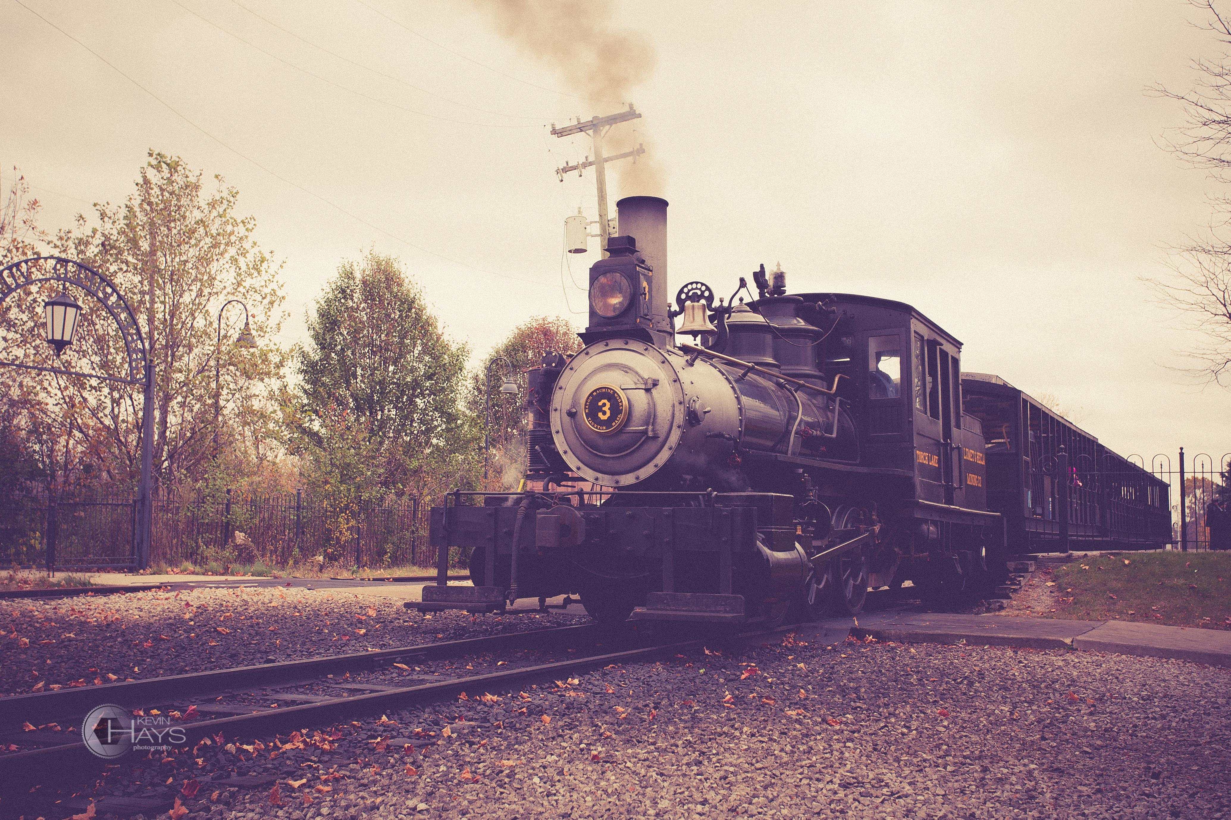 Train   Kevin Hays