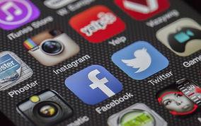 twitter-facebook-together-exchange-of-in