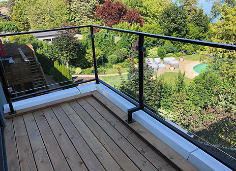 Outdoor Glss Railings