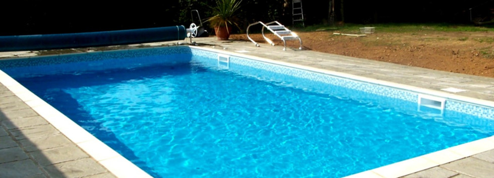Skimmer Pool.jpg