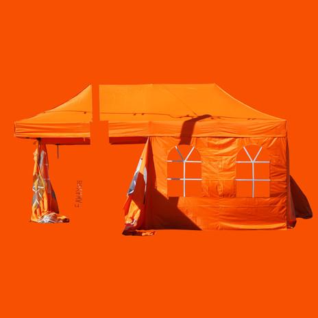 2_Oranssi.jpg