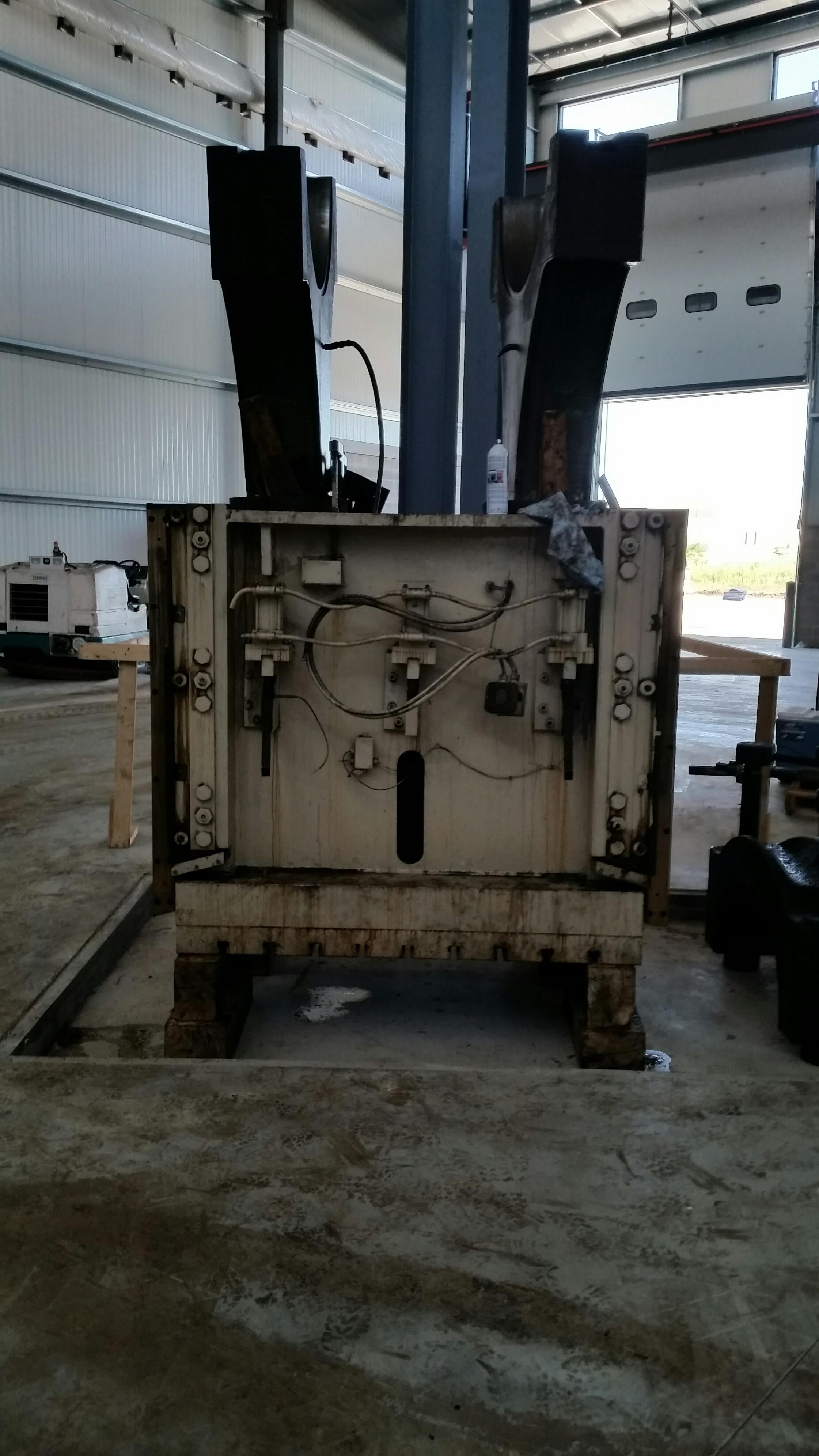 800 Ton Minster Ram