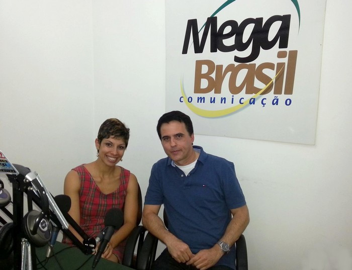 Luiz Santiago_Marketing_e_Camila_Andrade_Porthia_Rádio Mega Brasil
