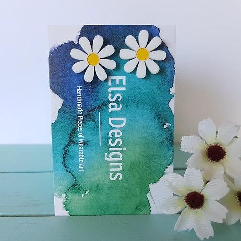 Elsa Designs - White Daisy Studs (Yellow)