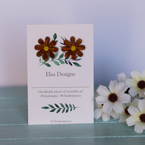 Elsa Designs - Brown Daisy Studs