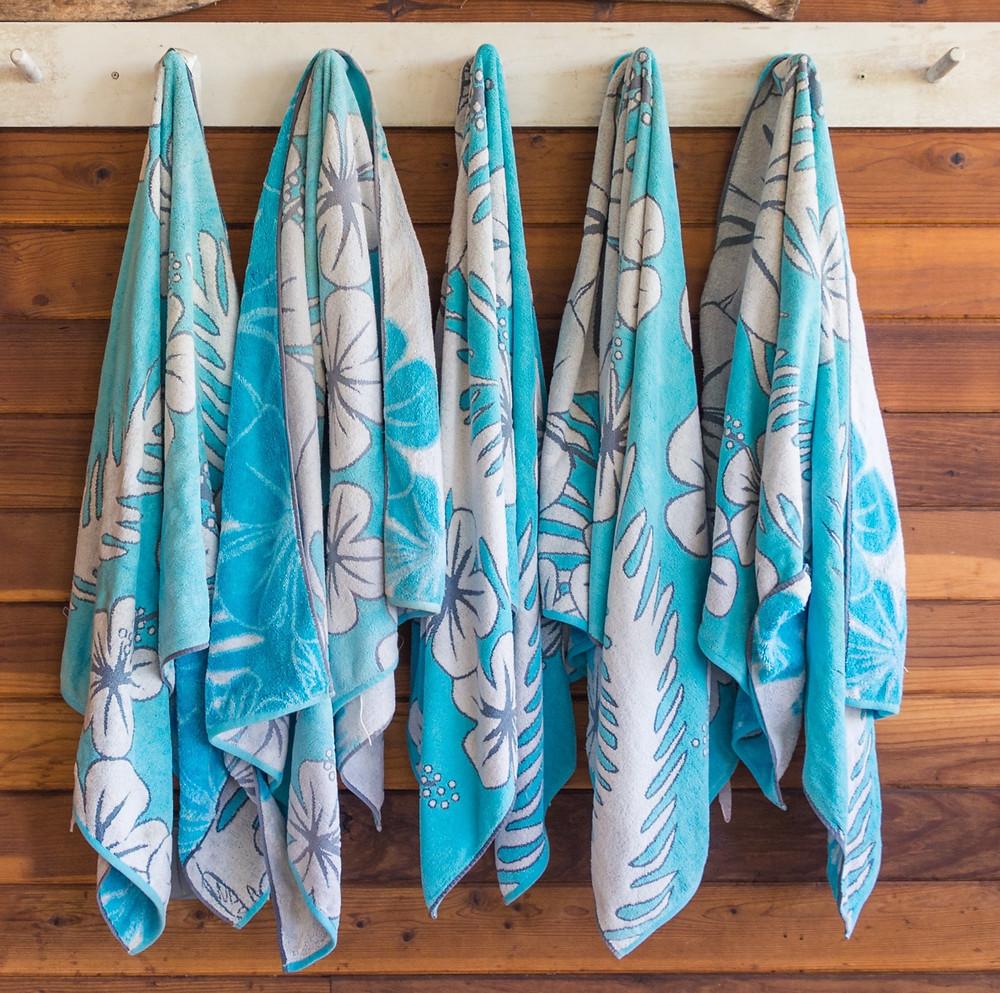 towel rack on coop door