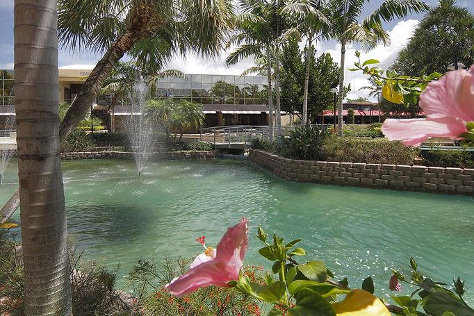 FountainsCenter3.jpeg