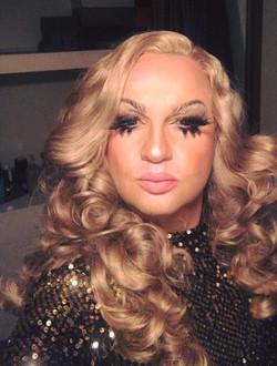 Lucy Laqua in custom Kylie