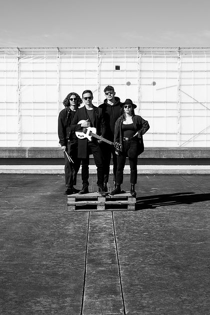 FIASCO_Bandpicture_Feb_2020_annikvanal_2
