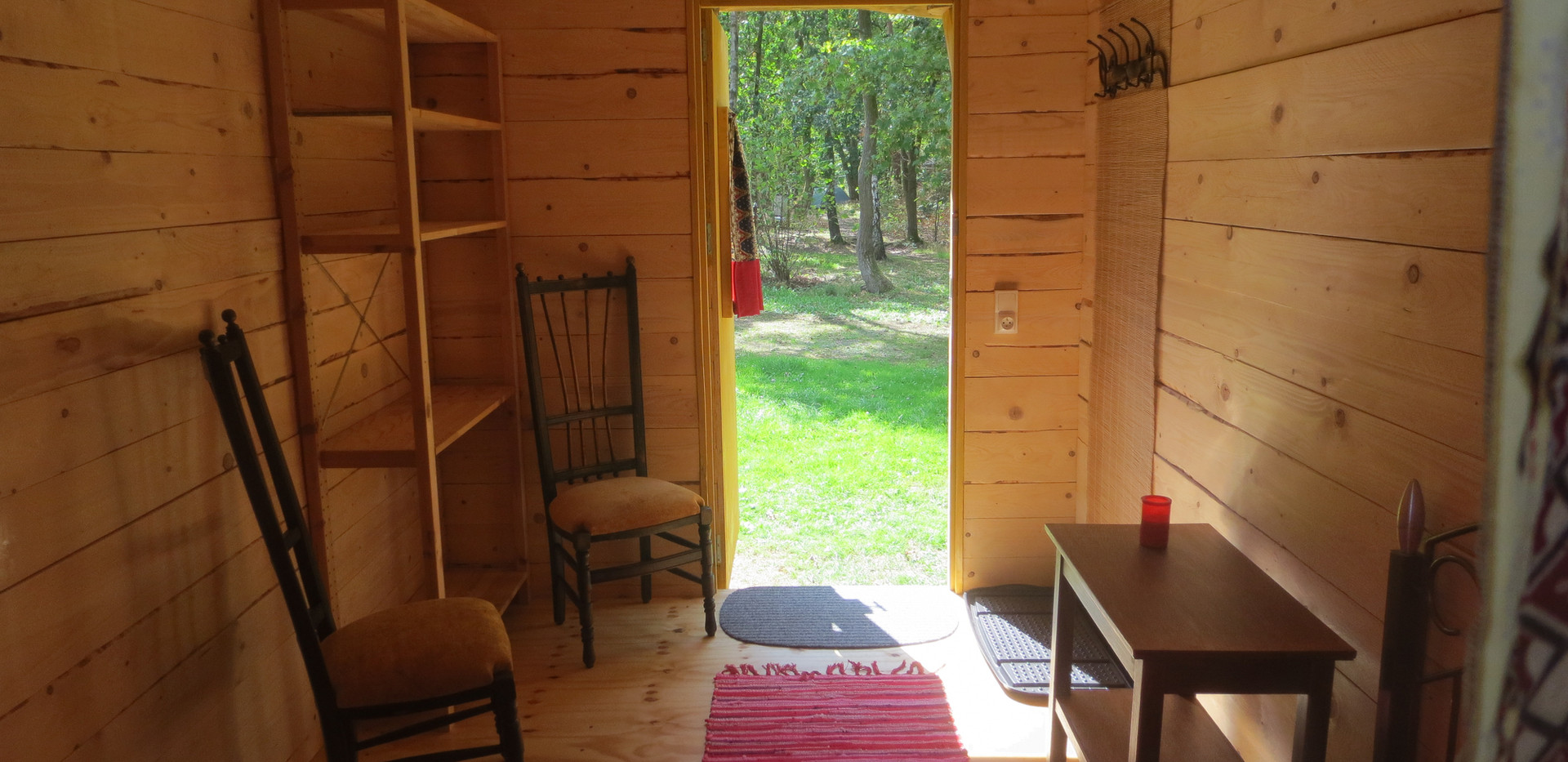 cabin for 2 in the forest.JPG