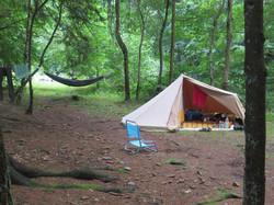 zelt im wald eifel camping wesertal.JPG