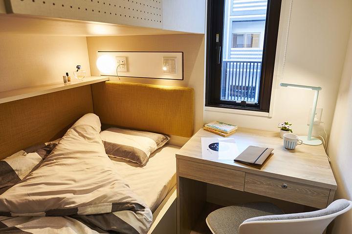 Room-Group_6.jpg