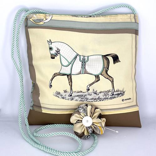 RoKi Crossbody of Vintage Hermes Couvertures et Tenues Silk Scarf