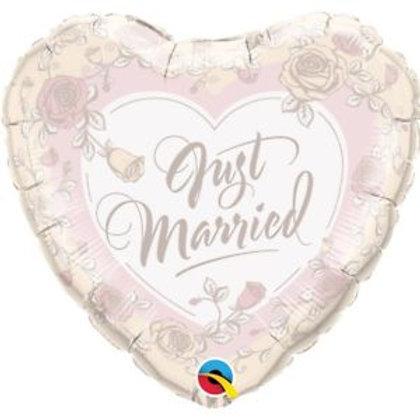 """Coração Estampa Just married 18"""" UNIDADE (Qualatex)"""