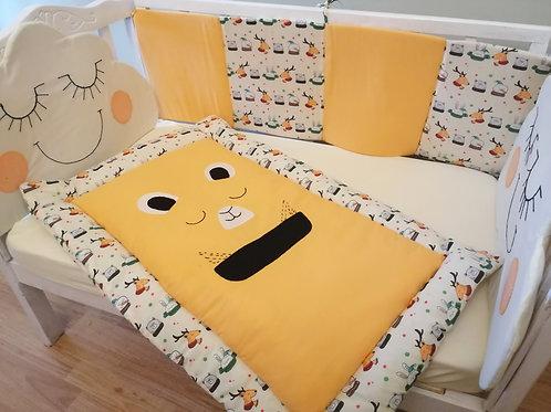 Smiley crib set