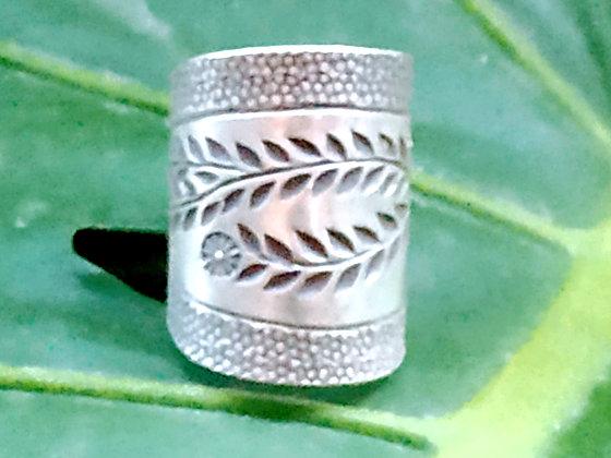 Anillo de plata étnica Aruna.