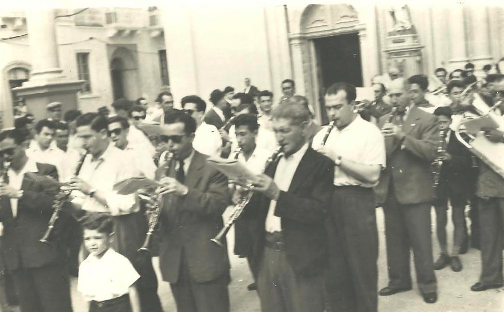 Il-Bidu tal-marċ ta' Jum il-Festa - Snin Ħamsin