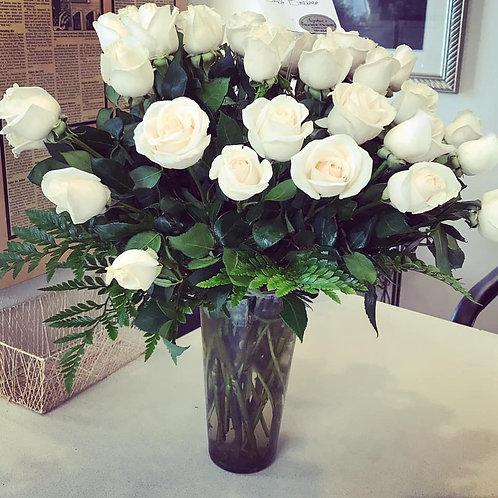 2 DOZEN ROSES-WHITE (CLEAR VASE)