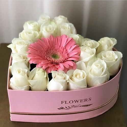 BOX OF ROSES (18 ROSES)