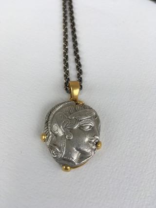 Antike Athenamünze