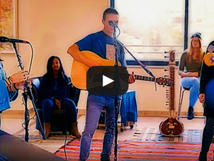 Amazing Video: Arabic and Hebrew Worship - Oceans (Where Feet May Fail)