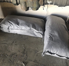 Pillows under piping.png