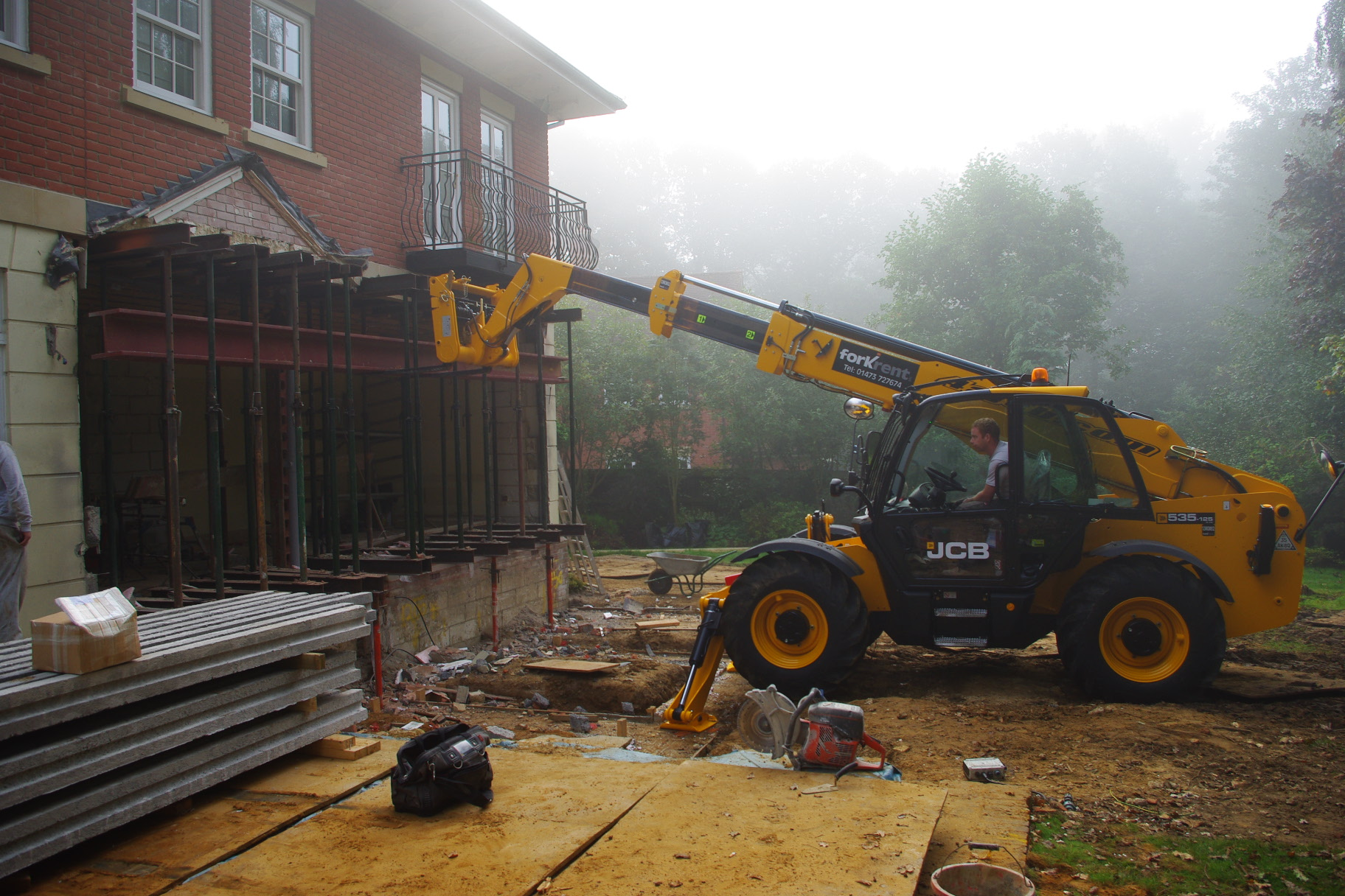 Aiding Construction