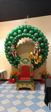 Christmas Wreath.Fontaine