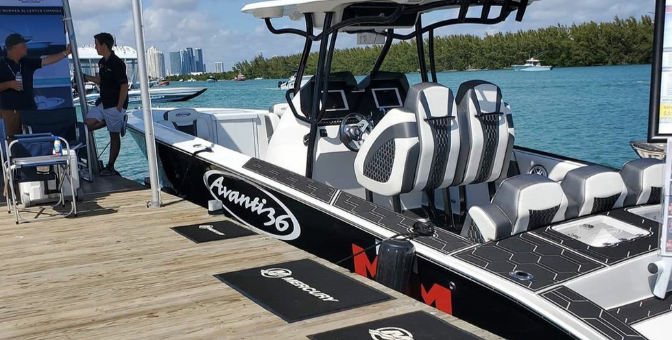 Miami Total Marine with Avanti Boats at 2020 Miami International Boat Show