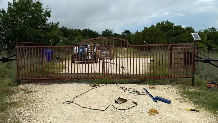 Releveled Gates